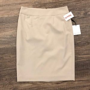 Brand New Never Worn Calvin Klein pencil skirt!!!